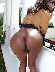 Chocolate hotness Natassia posing